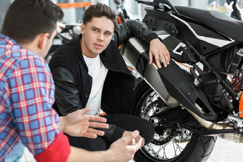 buying a motorcycle from a dealer