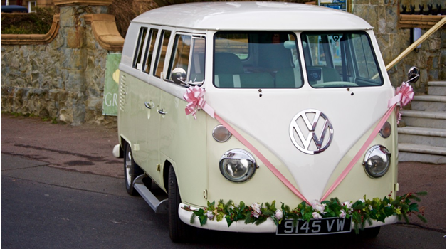 Five reasons to incorporate a campervan into your wedding
